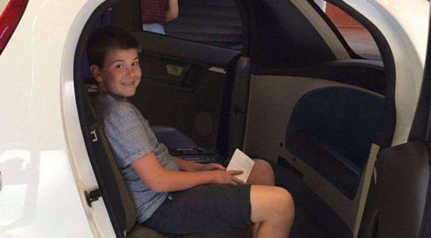 14 yaşındaki çocuktan Facebook Messenger'da 'ödev botu'