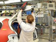 TOFAŞ'ta üretime kadın eli