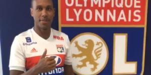 Marcelo Lyon'a imza attı